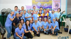 Volunteer Dentists led by Dra. Rosa Fruto-Garcia